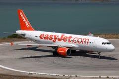 EasyJet flygbuss A320 Royaltyfria Bilder