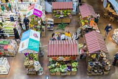 Eataly цепной супермаркет продавая все продукты связанные к итальянской гастрономии Этот супермаркет расположен в Porta Garibaldi Стоковые Изображения