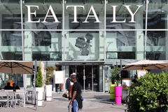Eataly i Milan Arkivbilder