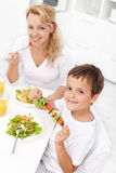 Eating healthy Royalty Free Stock Photos