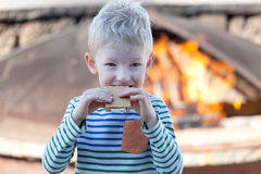 Eating smores Stock Photography