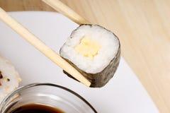 Eating sushi Royalty Free Stock Photos