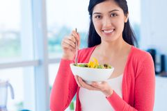 Eating vegetable salad Royalty Free Stock Photos