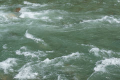 Eau de mer turbulente rugueuse Images libres de droits