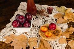 Eau-de-vie fine de prune Photographie stock libre de droits