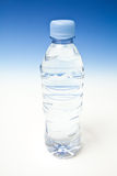 eau en bouteille Photos stock
