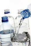 eau en bouteille photos libres de droits