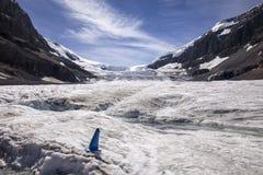 Eaux de fonte glaciaires sur la calotte glaciaire de Colombie Image libre de droits