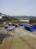 Eb in de haven met sleephelling Stock Foto