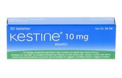 Ebastin del magnesio de Kestine 10, medicamento antialérgico, aislado en el fondo blanco Imagen de archivo libre de regalías
