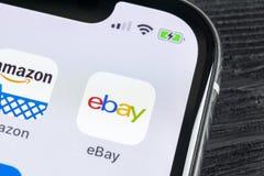 eBay εικονίδιο εφαρμογής στο iPhone Χ της Apple κινηματογράφηση σε πρώτο πλάνο οθόνης eBay app εικονίδιο eBay η COM είναι μεγαλύτ Στοκ εικόνες με δικαίωμα ελεύθερης χρήσης