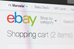Ebay shoppingvagn arkivfoto