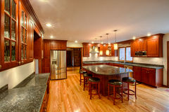 Eben fertige Küche stockfotografie