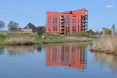 Ebene in Fluss Oude IJssel Lizenzfreie Stockfotos