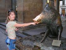 Eberskulptur in Florenz Stockfotos