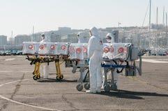 ebola或病毒大流行病的医疗设备 免版税库存照片