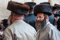 Ebrei ortodossi a Gerusalemme Fotografie Stock Libere da Diritti