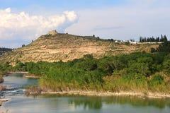 Ebro River och Flix rockerar, det Tarragona landskapet, Catalonia, Spanien Arkivfoton