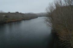 Ebro River på dess förbigår San Vicente De La Sonsierra Natur landskap, historia, lopp arkivfoton