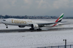 A6-EBW酋长管辖区,波音777-300 免版税图库摄影
