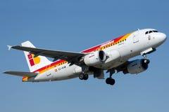 EC-KHM Iberia, flygbuss A319-111 Fotografering för Bildbyråer