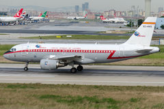 EC-KKS Ibéria, Airbus A319-119 retro Imagens de Stock