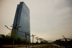 ECB i Frankfurt - f.m. - strömförsörjning, Tyskland Arkivbild