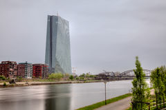 ECB i Frankfurt, Tyskland Royaltyfri Bild