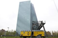 ECBECB i Frankfurt royaltyfri foto