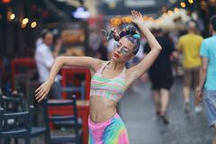 Free Eccentric Young Woman Dancing In Street Royalty Free Stock Photo - 169430505