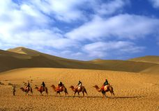 Echeggiando la collina della sabbia, Dun Huang, Cina Fotografie Stock