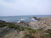 Echizen日本接合的海岸线  库存照片