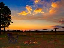Echo Basin Campfire en la puesta del sol foto de archivo