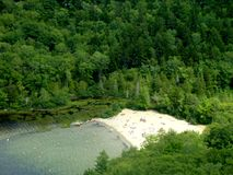 Echo Lake Beach en parc national d'Acadia, Maine Images libres de droits