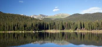 Echo Lake Colorado en zet Evans op Stock Afbeeldingen