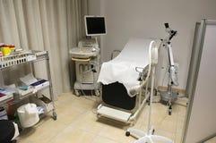 Echography eller ultraljudutrustninguppsättning i sjukhus Arkivbild