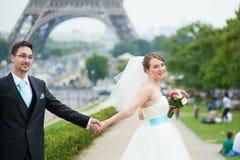 Echtpaar enkel in Parijs Stock Foto's