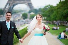 Echtpaar enkel in Parijs Stock Foto