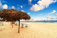 Strand på soluppgången Royaltyfria Bilder