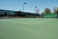 Ecke des Tennis-Gerichtes Stockfotos