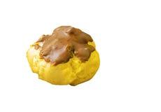 Eclair custard kremowi pączki odizolowywający na bielu Zdjęcia Royalty Free