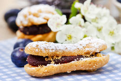 Eclairs with blueberry marmalade Royalty Free Stock Photos