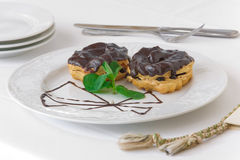 Eclairs met chocolade Royalty-vrije Stock Fotografie