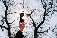 Eclipse solar real el 20 de marzo de 2015 Luna Imágenes de archivo libres de regalías