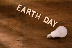 Eco友好的地球日概念 挽救能量 库存图片