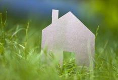 Eco友好的房子概念 免版税图库摄影