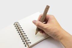 Schreiben mit Eco Produkt Lizenzfreie Stockfotografie