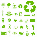 Eco e iconos verdes Imágenes de archivo libres de regalías