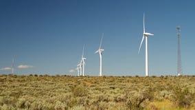 Eco energi från väderkvarnen stock video