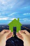 Eco Haus-Ikonenkonzept Stockbilder
